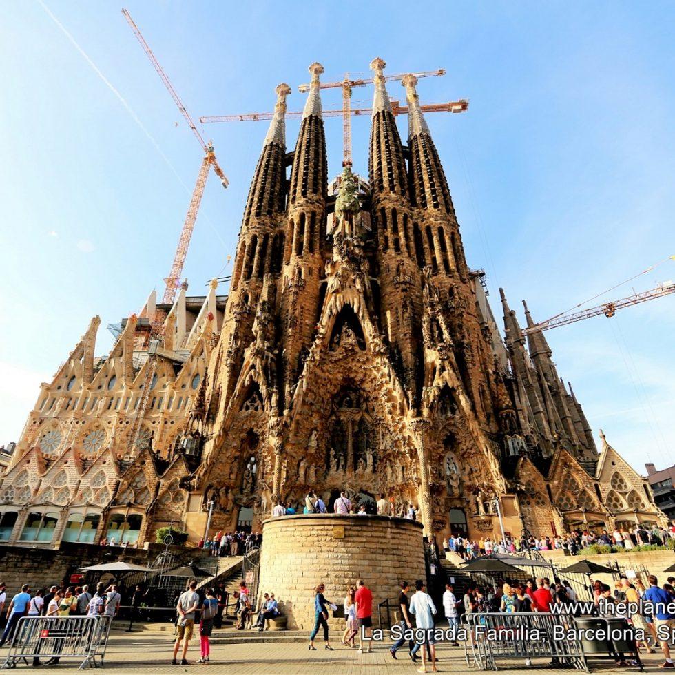 2014-10-20_1013_spain_barcelona_la-sagrada-familia_lr_nw