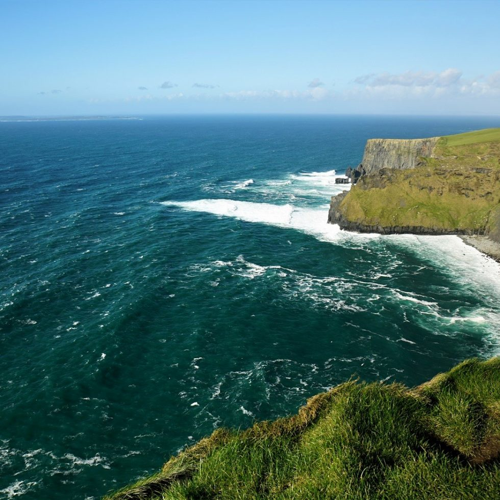2017-03-12_1506_Ireland_Cliffs Of Moher_DSC07638_s7R2_LR_@www