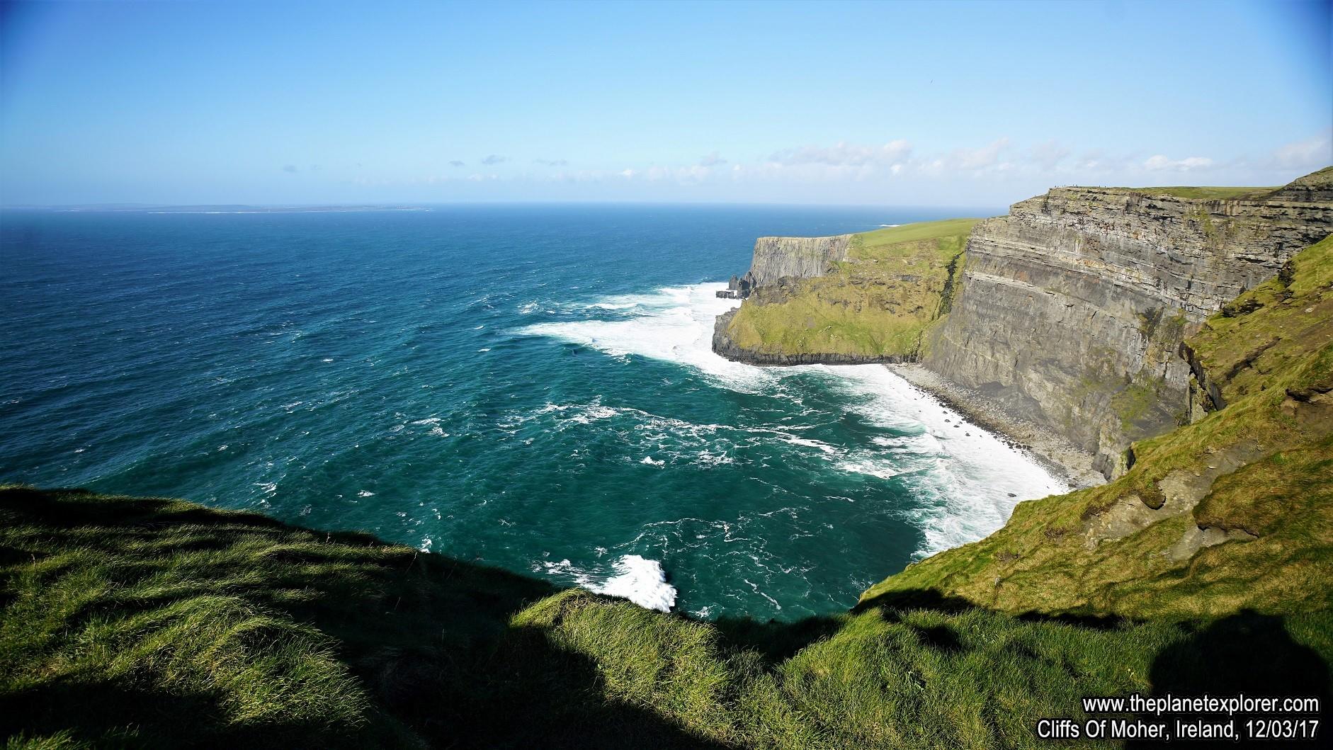 2017-03-12_1507_Ireland_Cliffs Of Moher_DSC07641_s7R2_LR_@www