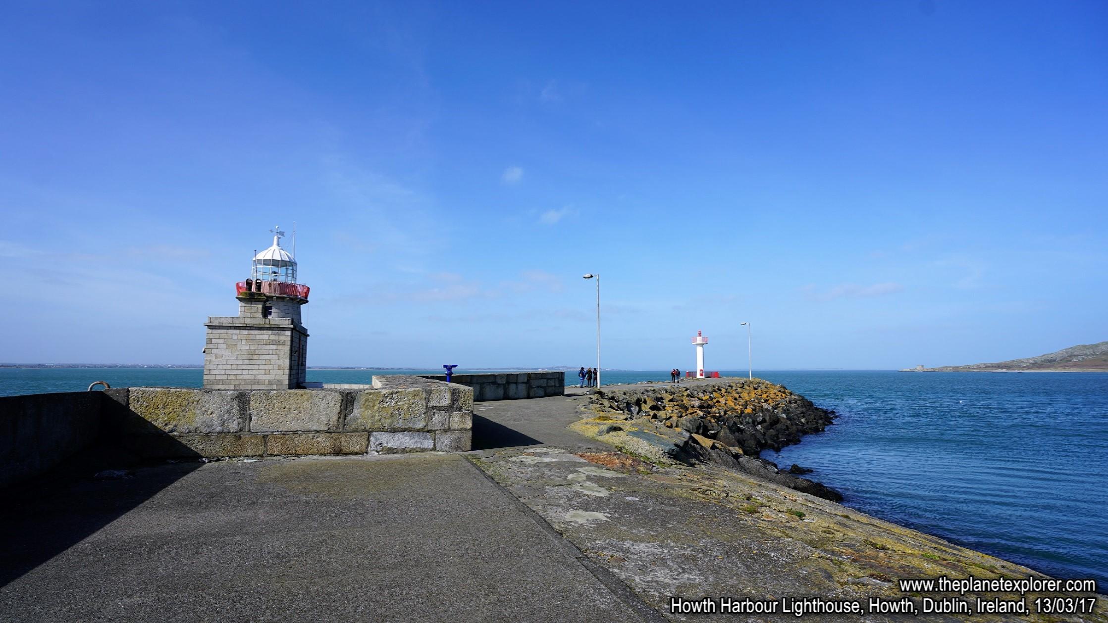 2017-03-13_1245_Ireland_Dublin_Howth_Howth Harbour Lighthouse_DSC08249_s7R2_LR_@www