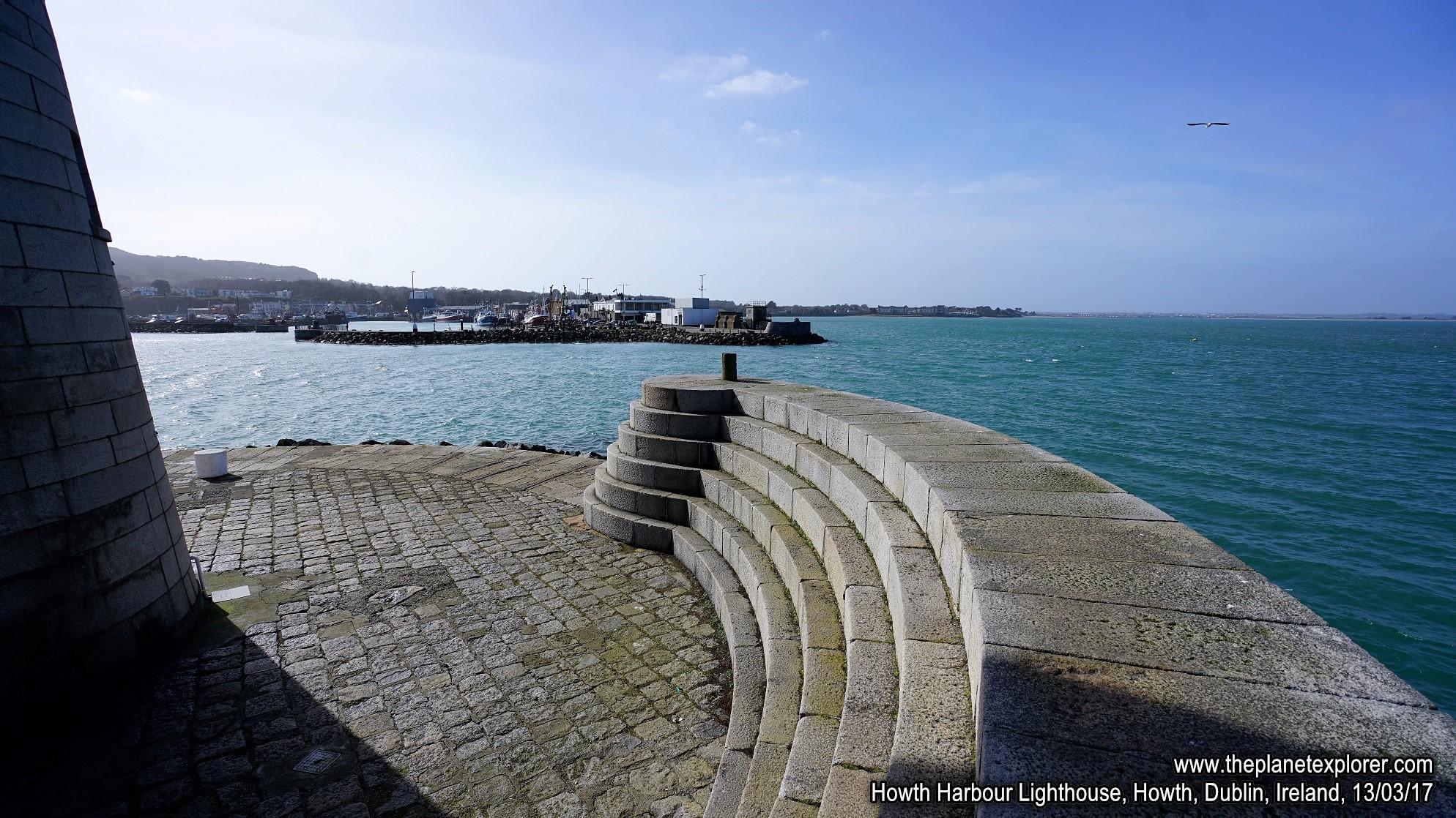 2017-03-13_1251_Ireland_Dublin_Howth_Howth Harbour Lighthouse_DSC08283_s7R2_LR_@www