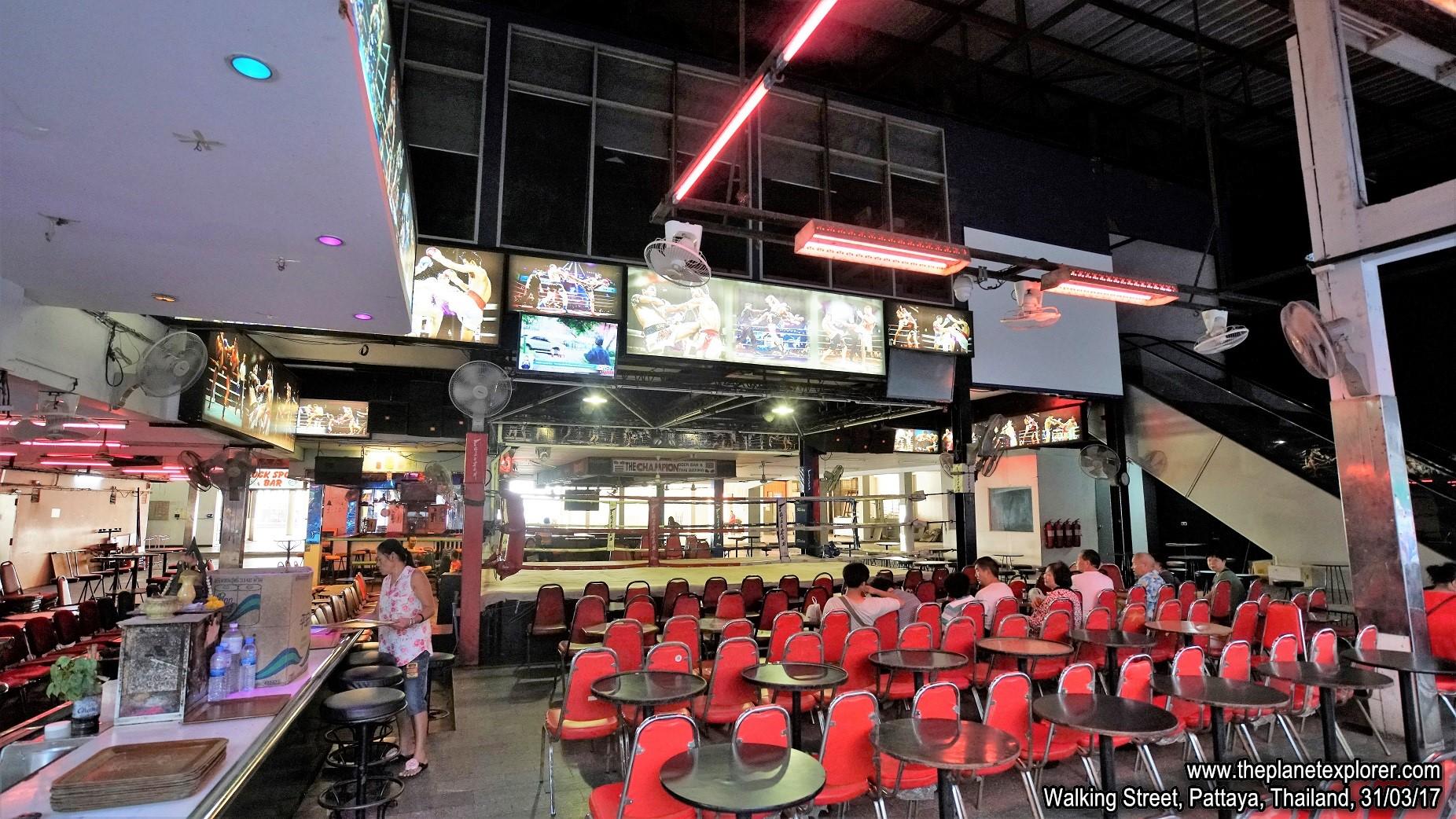 2017-03-31_1754_Thailand_Pattaya_Walking Street_DSC03994_s7R2_LR_@