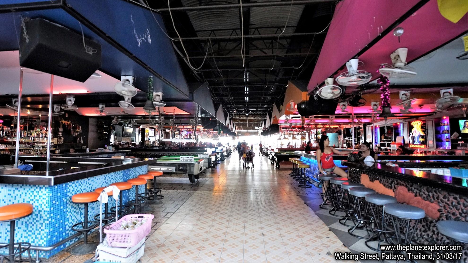 2017-03-31_1758_Thailand_Pattaya_Walking Street_DSC03997_s7R2_LR_@