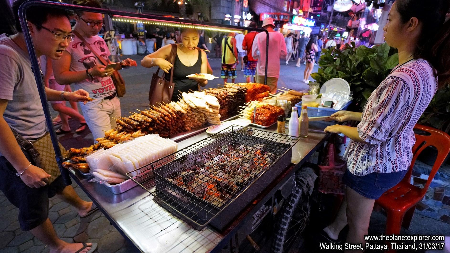 2017-03-31_1956_Thailand_Pattaya_Walking Street_DSC04089_s7R2_LR_@