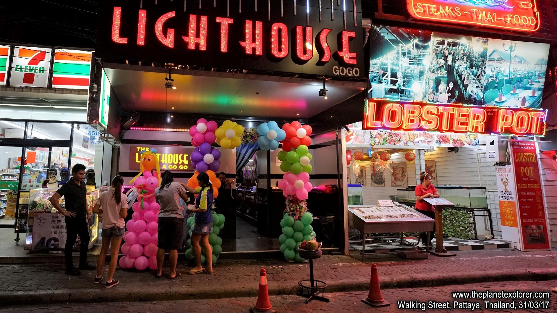 2017-03-31_1959_Thailand_Pattaya_Walking Street_Lighthouse_DSC04096_s7R2_LR_@