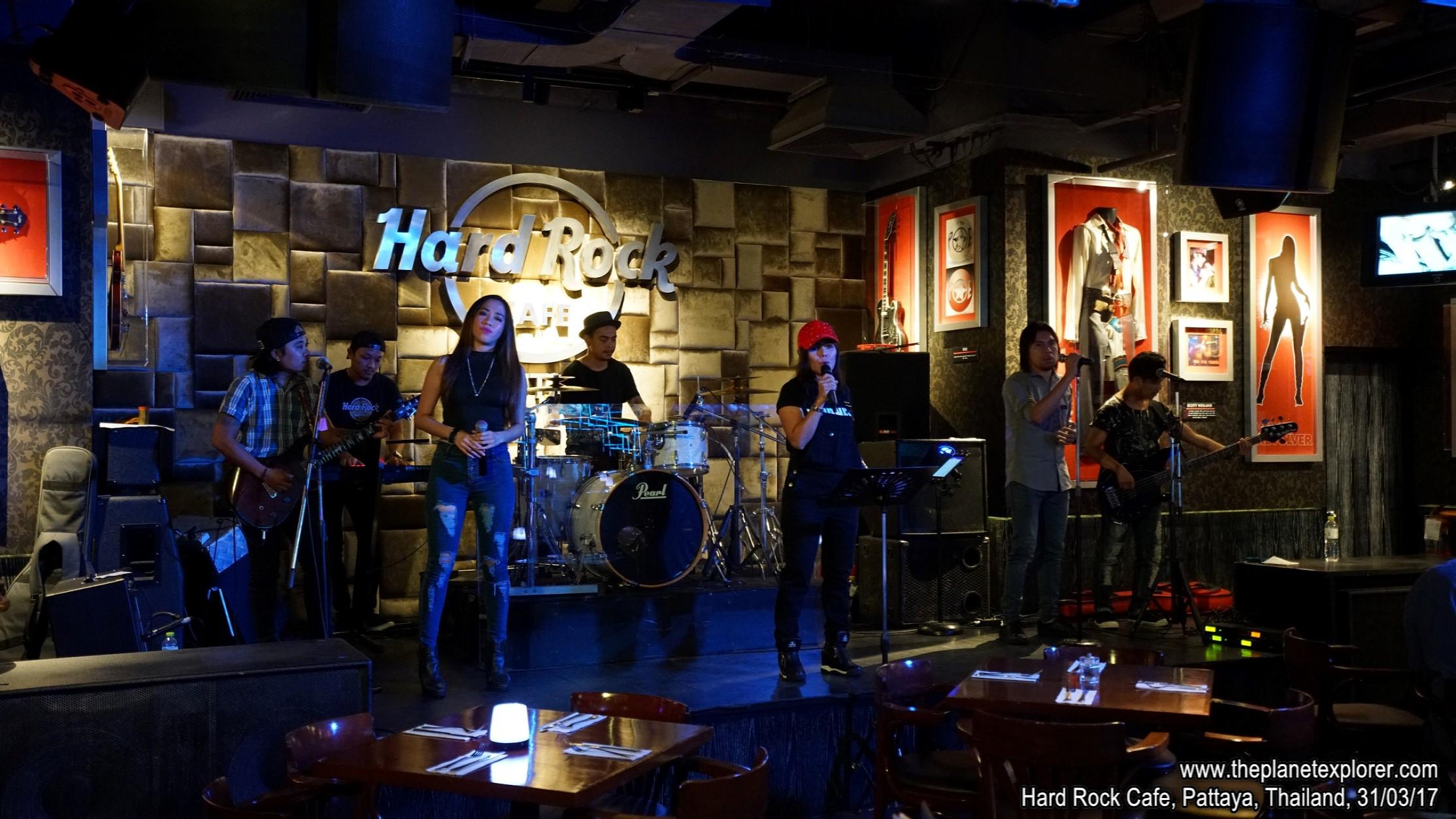 2017-03-31_2121_Thailand_Pattaya_Hard Rock Cafe Pattaya_DSC04126_s7R2_LR_@