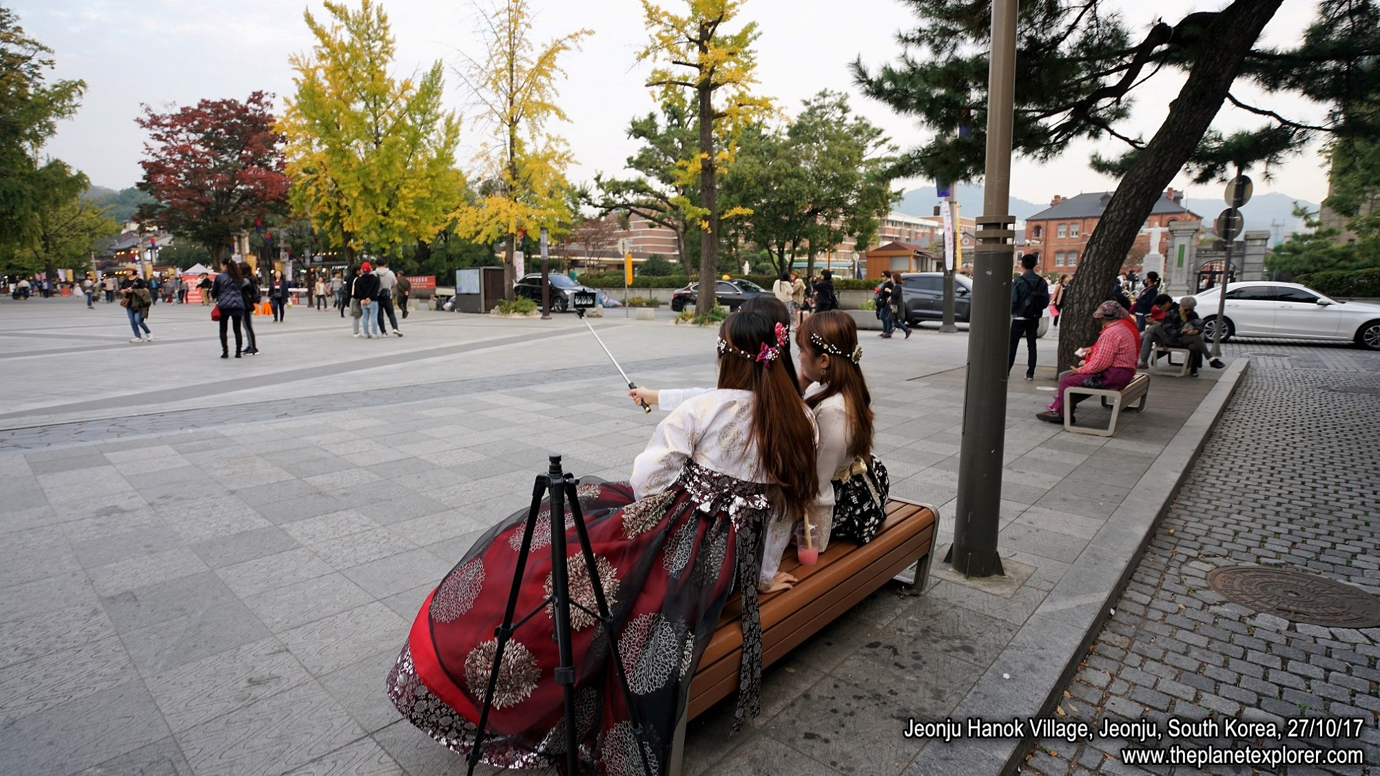 20171027_1706_South Korea_Jeonju_Jeonju Hanok Village_DSC06192_Sony a7R2_LR_@www