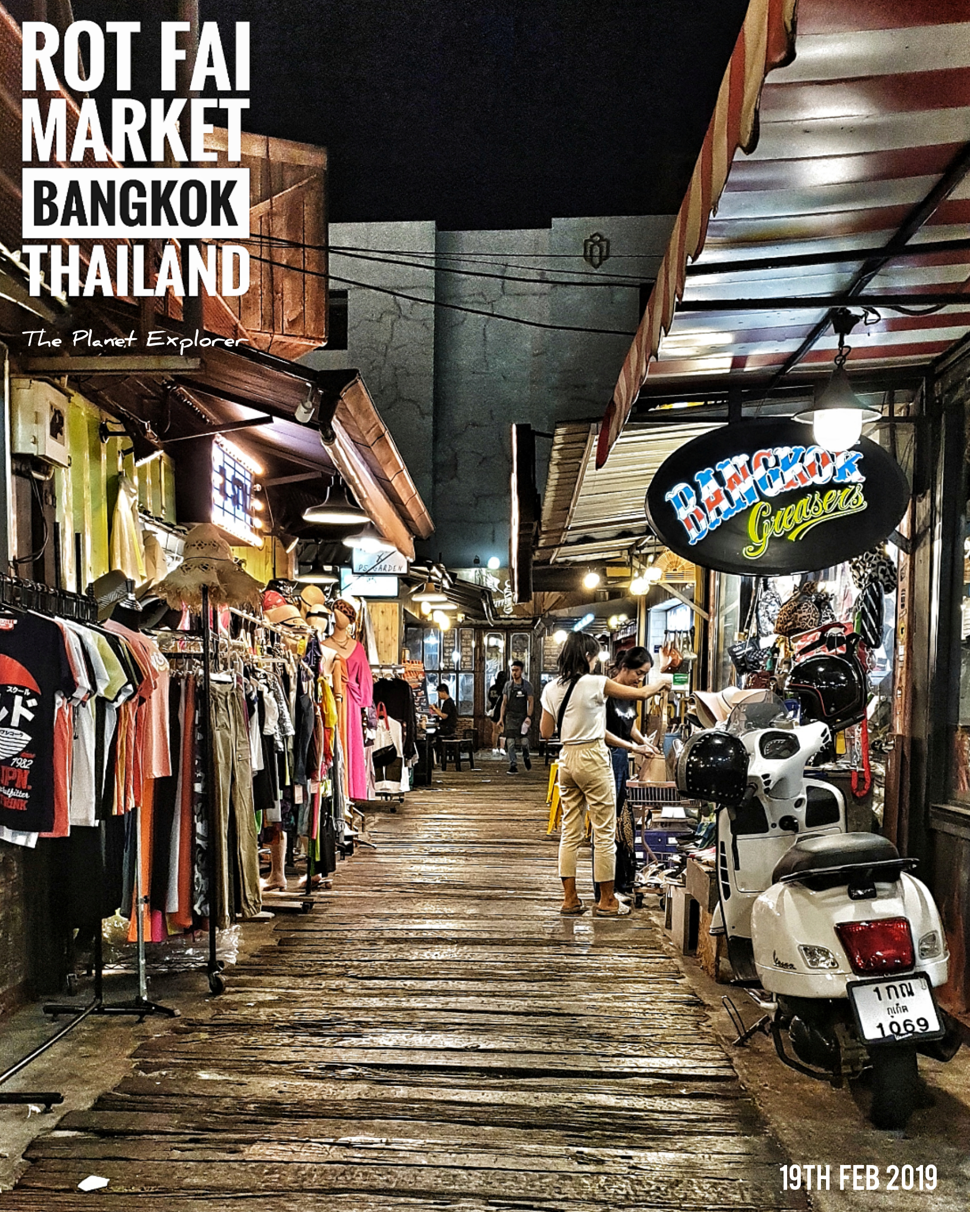 20190219_2145_Thailand_Bangkok_Rot Fai Market_Samsung N9_4x5_5.17mb_@_w